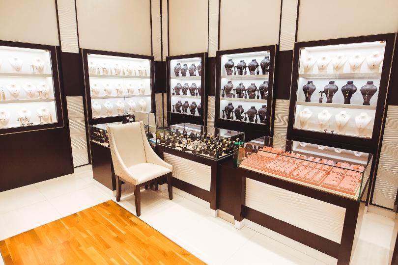 Jawharat Al Khaleej Al Mirgab - Jewellery | Matajer Al Sharjah